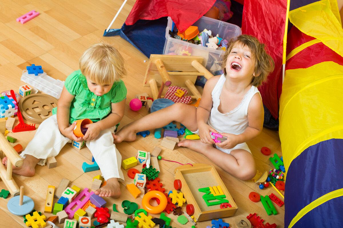 Картинки как играют в игрушки