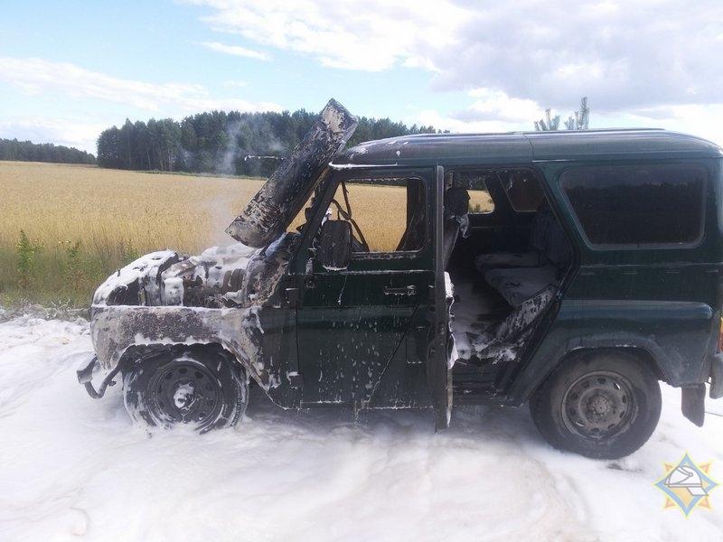 Пружанские спасатели выезжали на тушение спортзала и ликвидировали горение автомобиля УАЗ