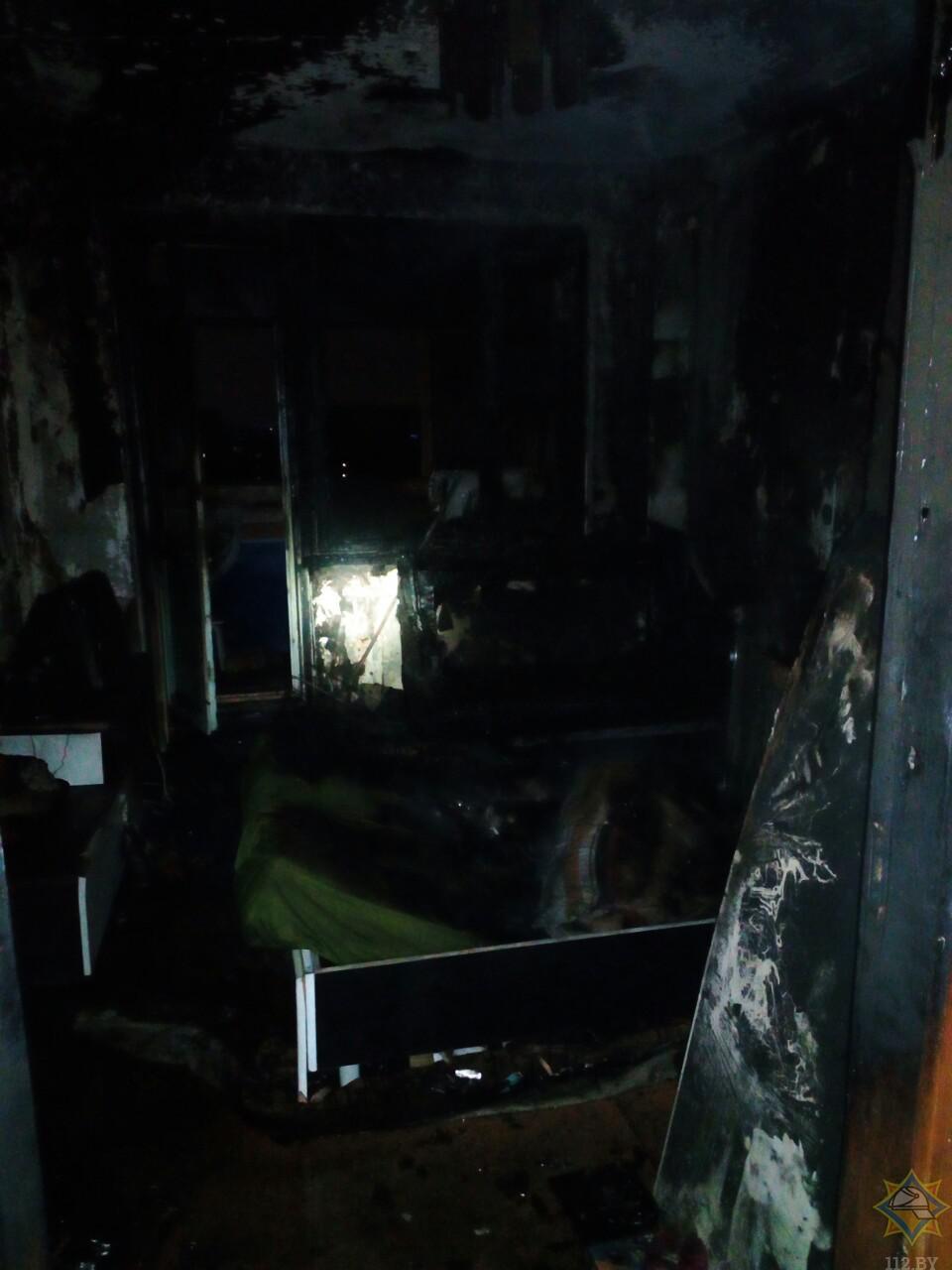 В результате пожара в Пинске на ул. Ильина госпитализированы 9 детей и женщина
