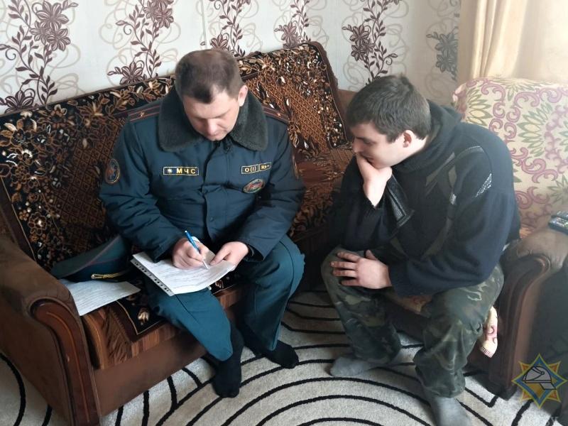 Сотрудники МЧС провели рейд по жилому сектору в Брестском районе