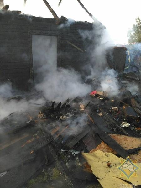 В Брестском районе очевидец спас женщину на пожаре