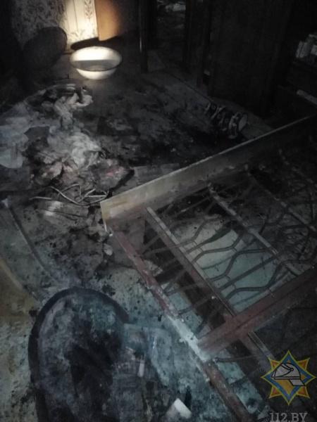 В Пинске на пожаре в квартире спасена хозяйка-пенсионерка