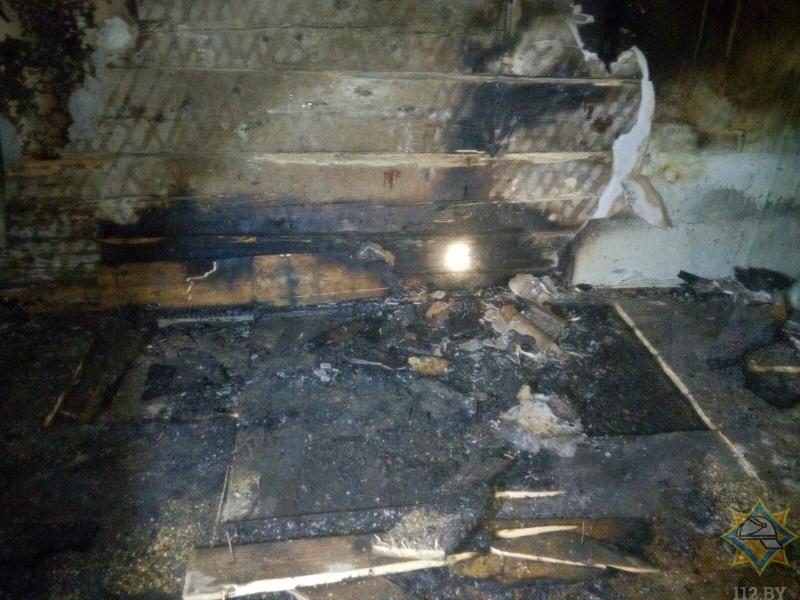 На пожаре в Ляховичском районе погиб мужчина
