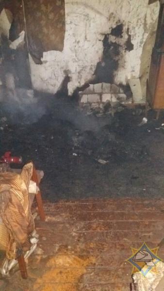 В Ляховичском районе на пожаре погиб мужчина. Эвакуировано четверо соседей